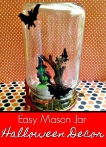 Who says Halloween crafts have to be complicated? This easy mason jar Halloween craft is super easy, super spooky and budget friendly too! Your kids will love helping and you'll love how it looks in your home!