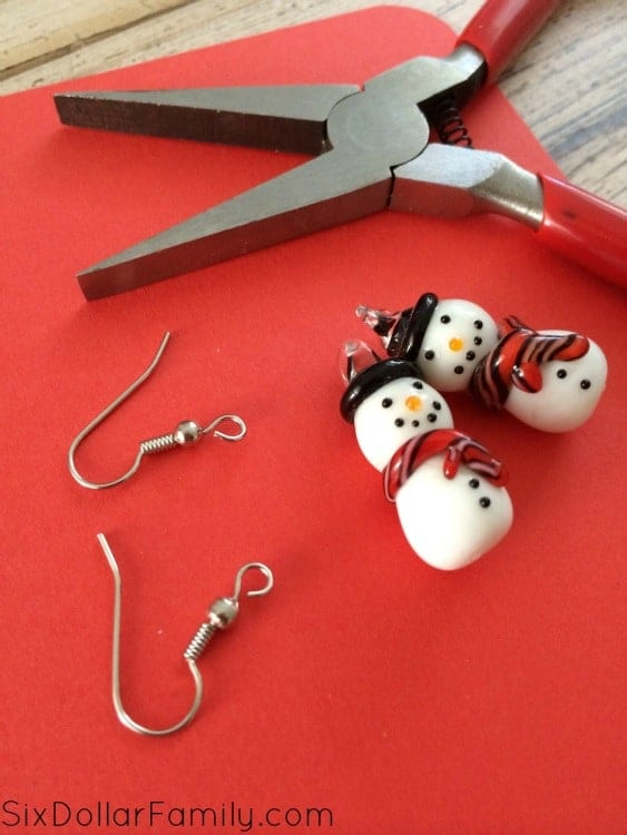 diy-snowman-earrings-process-1