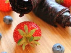 Easy Snack Recipes – How to Make Homemade Fruit Rollups {Dehydrator Recipes}