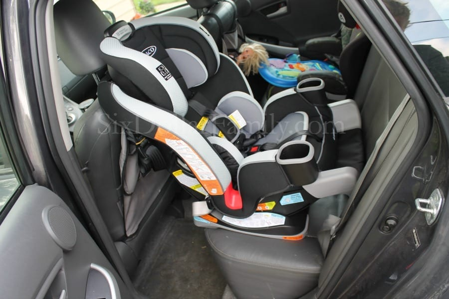 Graco Extend2fit Car Seat Review 1