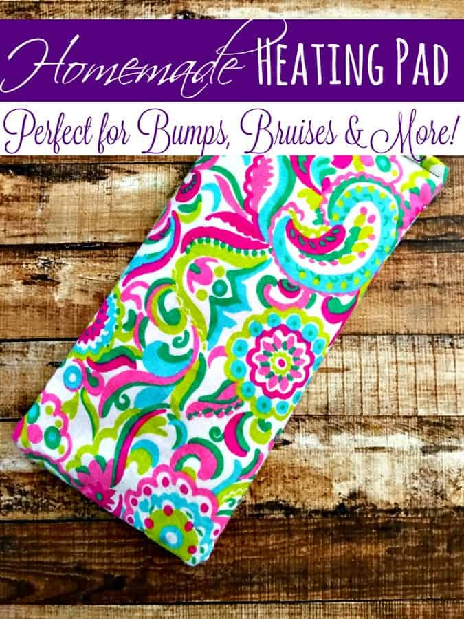 Bump, bruise or pain? This homemade heating pad is just what you need! Incredibly easy to make and works like a charm! It's perfect if you're looking for more natural health remedies this year!
