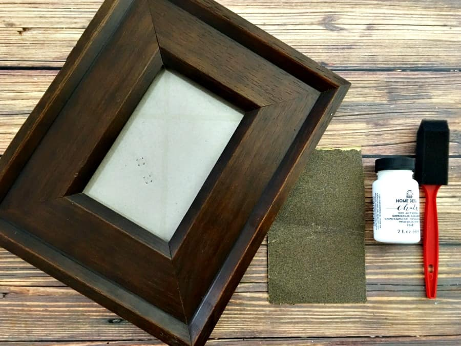 Thrift Store Shopping - Easy Upcycled Photo Frame