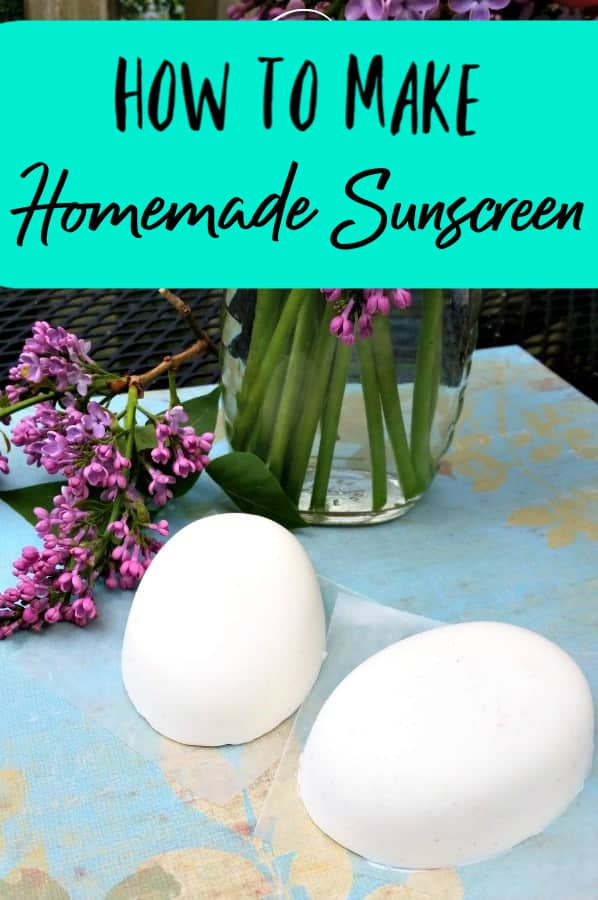 How to Make Homemade Sunscreen - Worried about the number of chemicals in your sunscreen bottle? Make this homemade sunscreen instead! This easy to follow recipe can be made into homemade sunscreen bars or a DIY sunscreen cream!