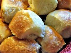 Thanksgiving Sides – Homemade Dinner Rolls