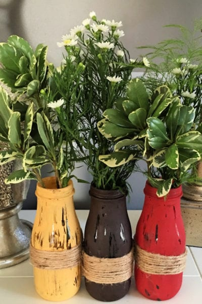 Bottle Vases are such a super easy fall craft idea! Actually they're a great anytime craft idea! Paint with fall, spring or any colors you want!